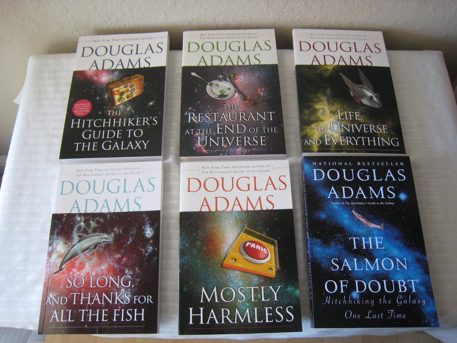 my 5 favorite book series iblogalot rh iblogalot com hitchhiker's guide to the galaxy series order hitchhiker's guide to the galaxy series list
